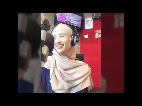 Nurhayati Tahir On Air Di SuriaFM Uuii