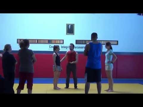 SELF DEFENSE: Secrets of Speed Self Defense - Bio-Mechanical Pressure Point Fighting Vol. 001