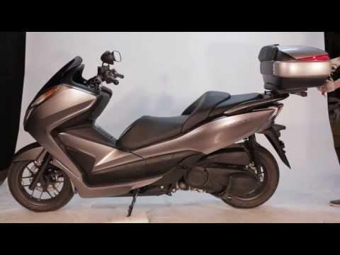 top case moto shad pour la joymax gts 125 125i 250i 300i. Black Bedroom Furniture Sets. Home Design Ideas