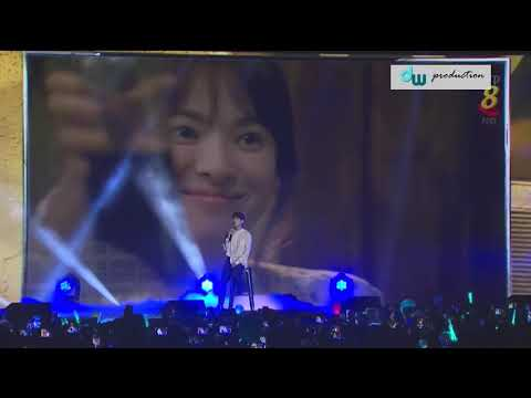Onew - You Are My Everything  (Music Bank in Singapore) Mp3