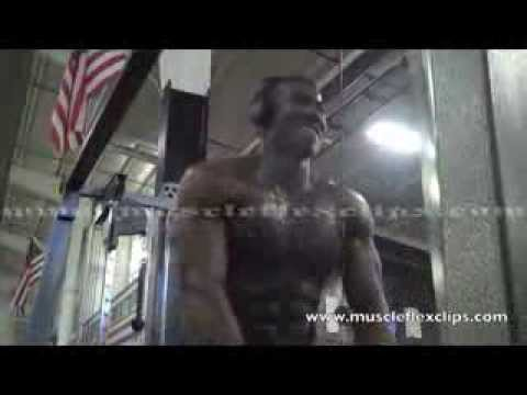 Download NPC competitor Andre McShan mandaory poses and workout