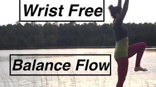 YOGA: Wrist Free Flow: Balance- LauraGyoga