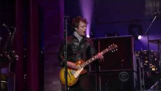 Green Day - East Jesus Nowhere (Live David Letterman 2009) (High Quality video) (HD)