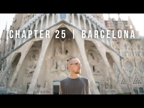 THE BEAUTIFUL ARCHITECTURE OF BARCELONA! | TRAVEL VLOG 25