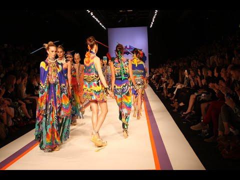 Fashion Designing Show Iqra University Islamabad Campus Iqrauniversity Youtube