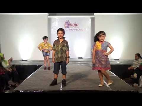 Jogja Fashion Week (JFW) 2015 - Fashion Show by FS Solo