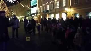Bee Geesus z malčki - Pesmi o Dedku Mrazu (Live @ City Square in Ljubljana) thumbnail