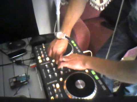 Dj Meriç KESER Feat Aysu BACEOĞLU On Numara Street mix Studio clip