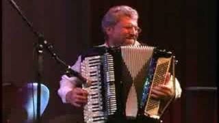 Russian  folk dance Kadril Quadrille by Tum Balalaika Klezmer Band Chicago