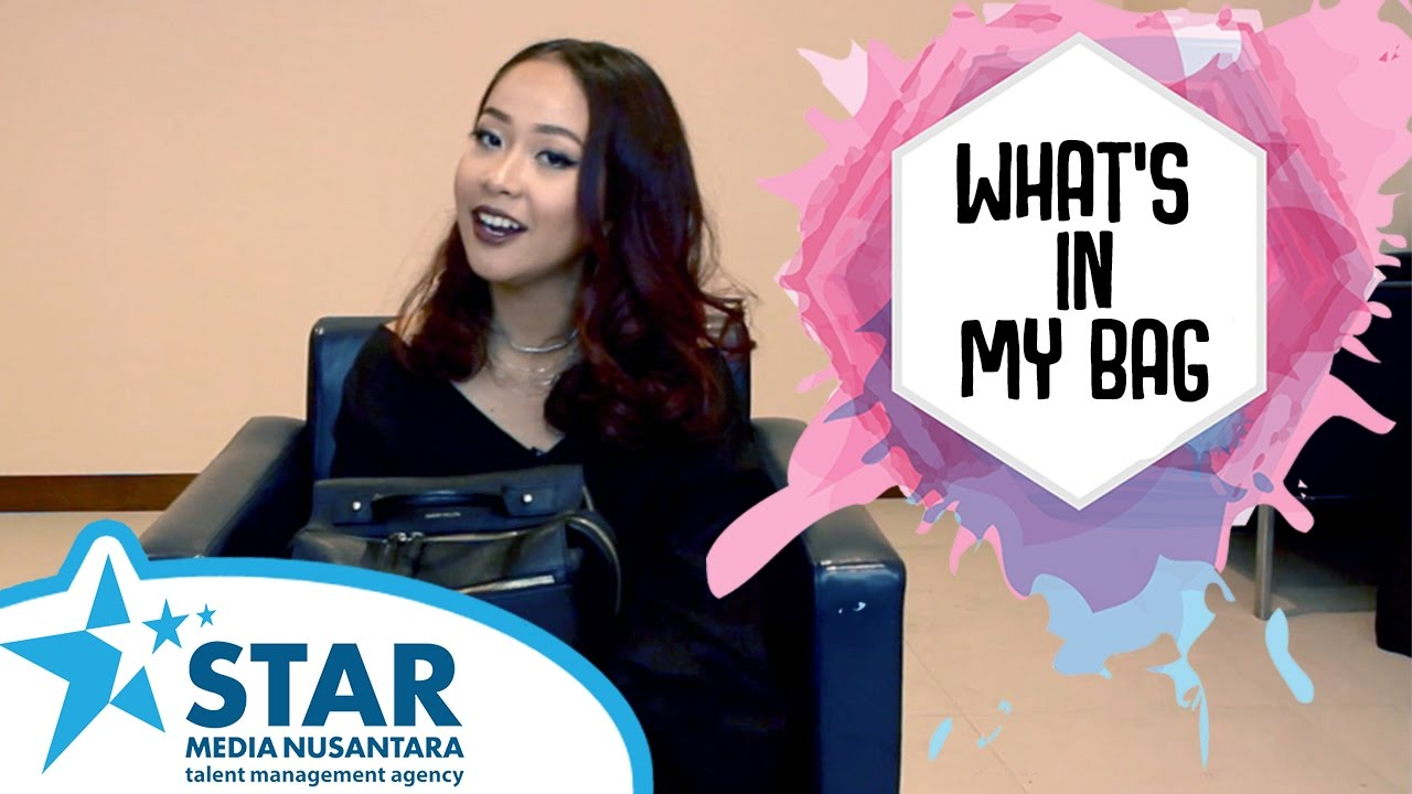 What's in my Bag - Gloria Jessica