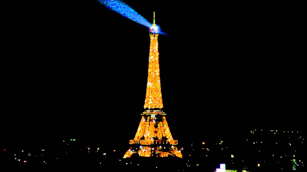 eiffel tower at night flashing lights youtube