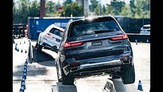 BMW X7 doing off-road tricks at CES 2019