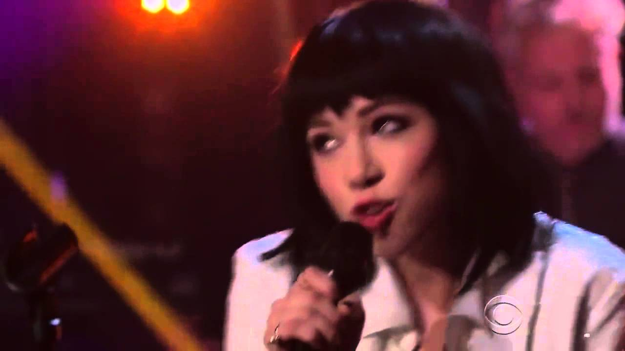 Download Carly Rae Jepsen - Last christmas (The late late show with James Corden)