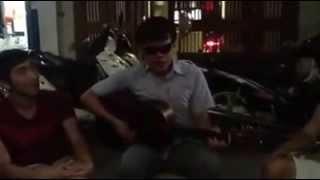 Thị trấn về đêm guitar