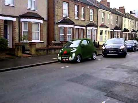 SMART CAR COVERED WITH GRASS Astro grass car ASTROTURF CAR