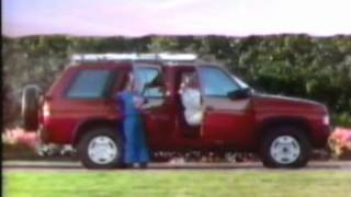 1990 Nissan Pathfinder commercial