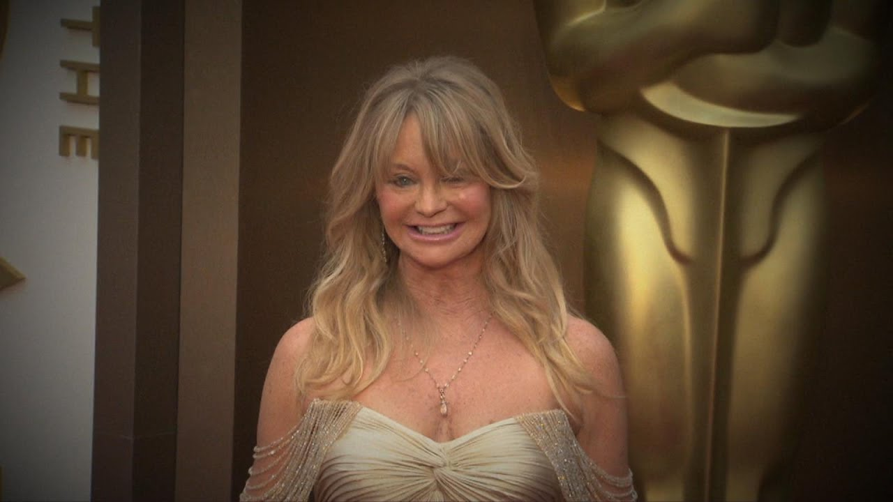 Goldie Hawn Reveals Her Secret To Happiness - Youtube-1071