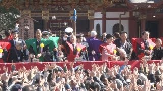 千葉県成田市の成田山新勝寺で3日、毎年恒例の節分会が行われ、大相撲...