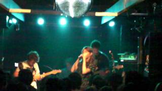 Desmond & The Tutus / Kiss You On The Cheek / Live at Fukuoka Kieth Flack.2010.11.16