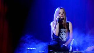 Avril Lavigne Coldplay Fix you Blackstar tour