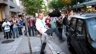 IDIOT AT THE VANCOUVER 2011 STANLEY CUP RIOT!!!