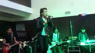 Akim & The Majistret - Potret [MIWF] (Lirik)