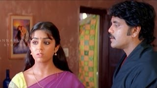Charmi Hides Nagarjuna From Gangsters || Mass Movie || Nagarjuna, Jyothika