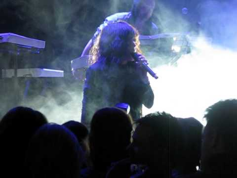 Loreen - Do We Even Matter + In My Head (Minus 30, Luleå)