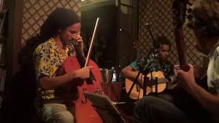 Batuque Cello - Ao vivo no Café com letras Savassi