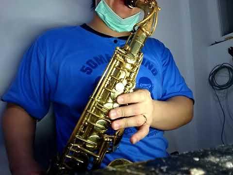 Conn batik mexico 18M alto saxophone demo - YouTube