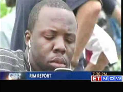 RIM reports huge losses in Q1; delays BlackBerry 10