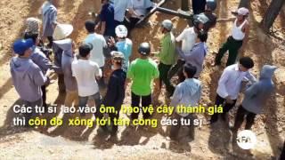 100 Côn đồ bẻ nát Thánh giá ở Đan viện Thiên An - Huế | © Official RFA Video