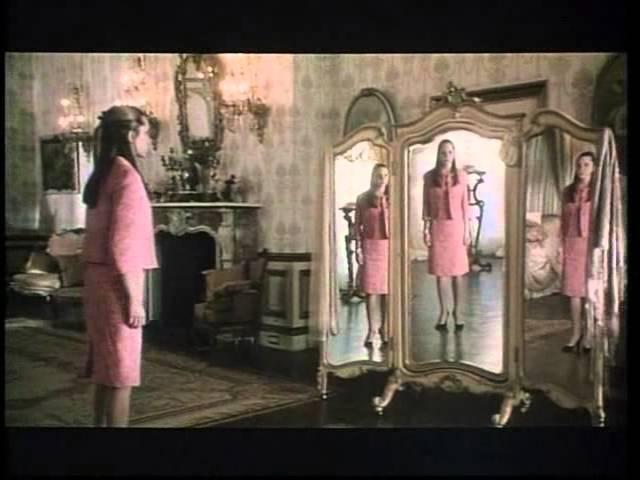 Una ragazza e il suo sogno  Trailer italiano 2003