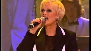 Katri Helena - On Elämä Laulu (Live)