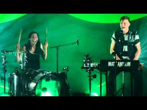 """""""Make a Mess"""" Matt & Kim@Electric Factory Philadelphia 4/17/15 New Glow Tour"""