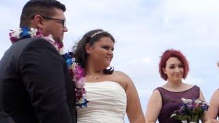 The Most BEAUTIFUL Beach Wedding! Hawaii Vlog #3 [LeeshaVlogs]