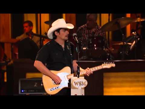 008 Brad Paisley    I'm Gonna Miss Her  Live at the Grand Ole Opry