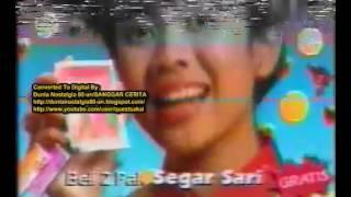Segar Sari TV Commercial featuring Trio Kwek - Kwek (Indonesia, 1999)