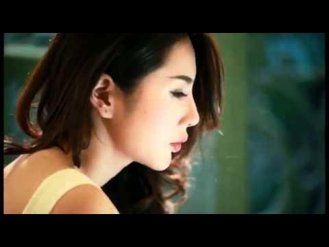 """MV """"Muộn màng"""" của Thủy Tiên (Bangtuoc.vn)"""
