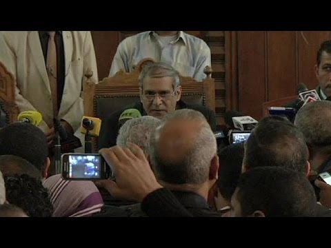 Trial of Egyptian Muslim Brotherhood leaders stopped by judge