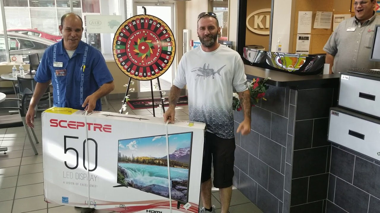 Orlando Kia North >> Donnie Kuhn Picking Up His Tv From Orlando Kia North Youtube
