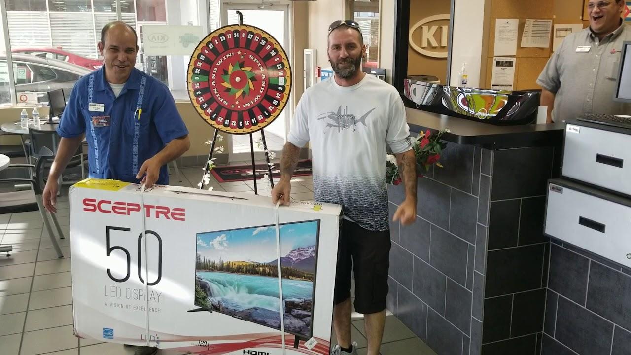 Orlando Kia North >> Donnie Kuhn Picking Up His Tv From Orlando Kia North