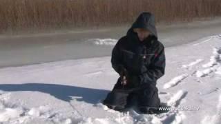 Зимняя рыбалка на старицы реки Енотаевка.mp4