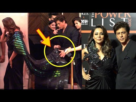 Shah Rukh Khan's SWEET Gesture For Wife Gauri Khan | Nykaa Fashion And Vogue India 2019