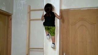 Как Человек-паук, только настоящий: невероятные способности трёхлетнего мальчика