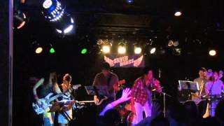 performance by The Chimpanzees 2013.12.7(土) @祇園SILVER WINGS.