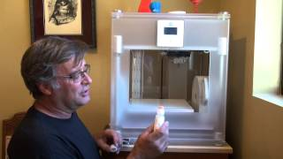 How To Use A 3-D Printer: A Tour Of The Printer - Kevin Caron
