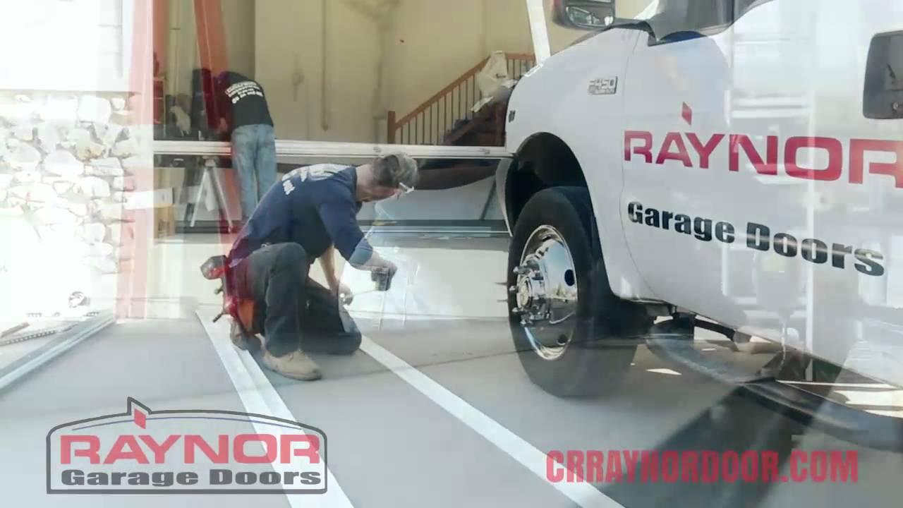 Raynor Door Of Cedar Rapids Garage Door Falling Hd Youtube