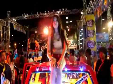 Pitbull   Bon Bon Remix 2011