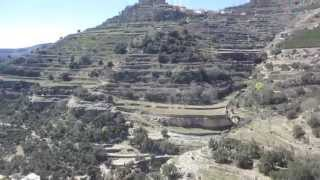 Hike across valleys of Ares del Maestret
